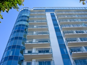1367015_modern_apartment_building