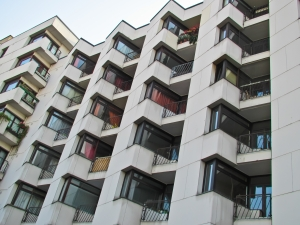 1370254_lots_of_apartments